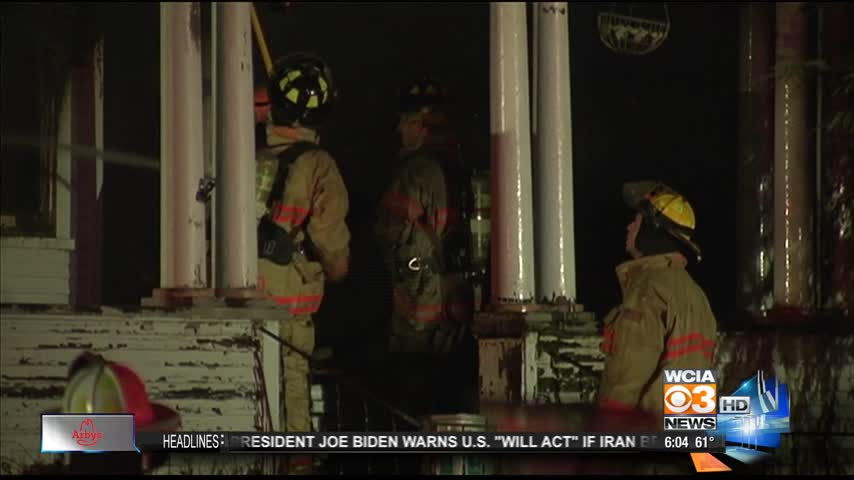 Fire destroys home for sale_20160310003717