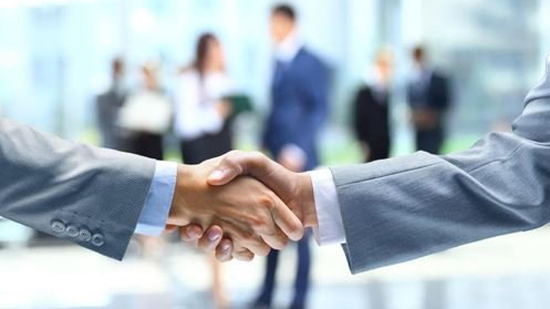 handshake, jobs, grads, generic13202224-159532