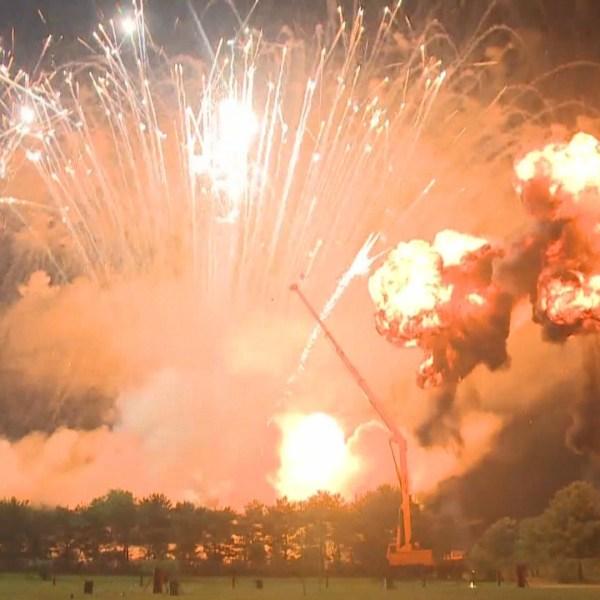 arthur fireworks (1)_1530134756688.jpg.jpg