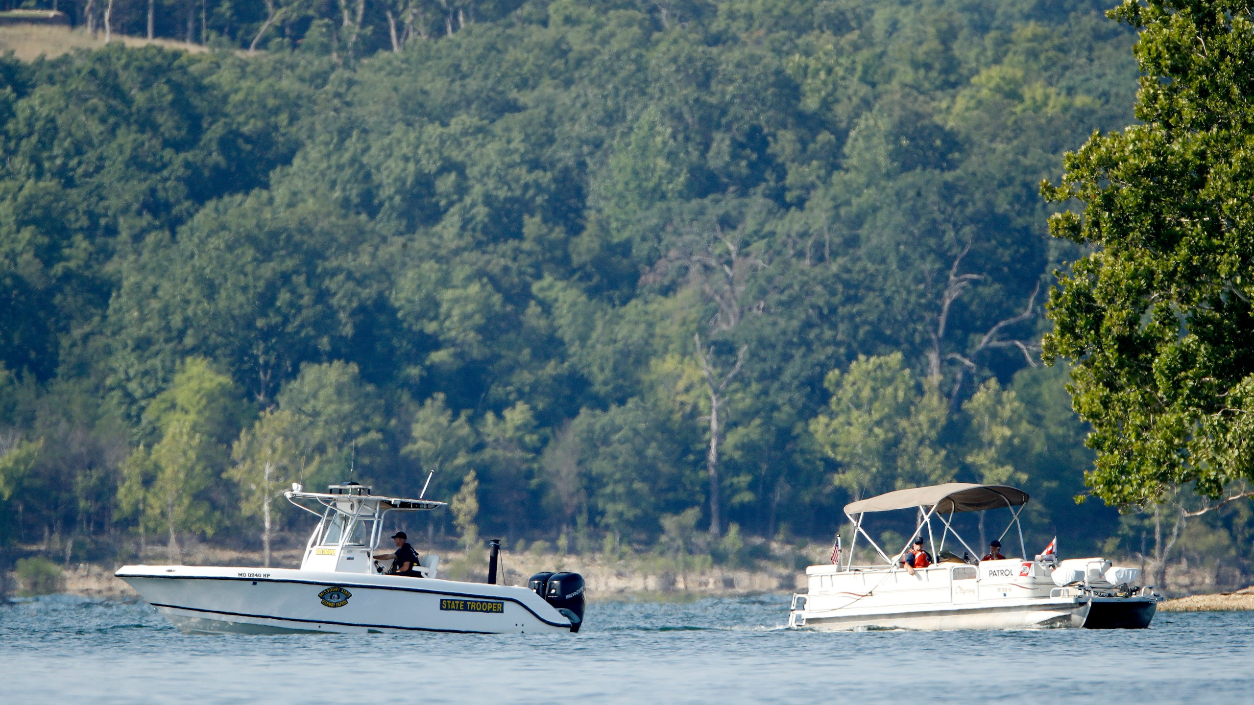 Missouri_Boat_Accident_84431-159532.jpg01300845