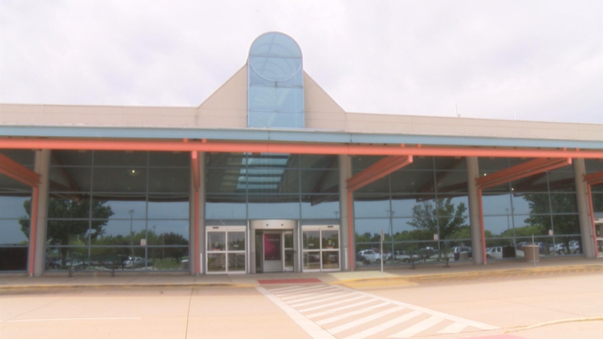 willard airport (2)_1533071838481.jpg.jpg