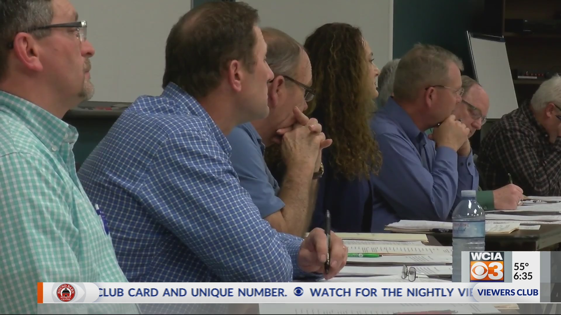 Board approves referendum question and FOID Card resolution