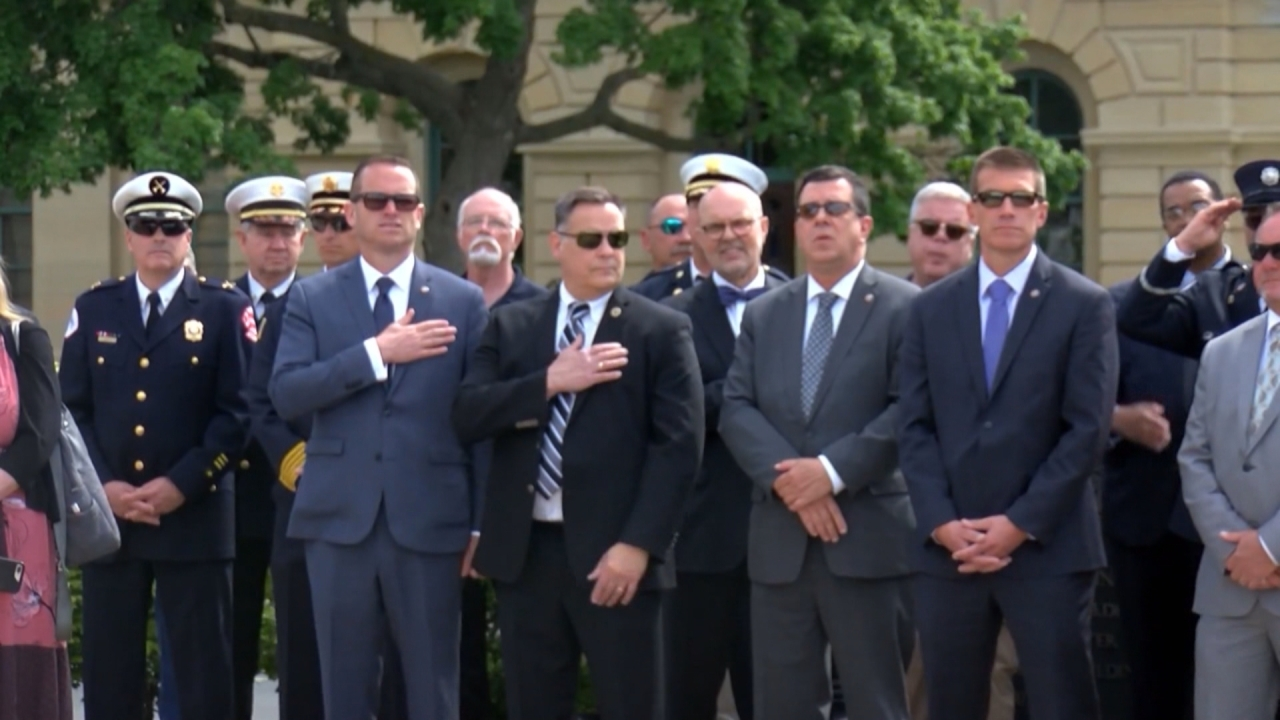 Firefighters Marching At Capitol >> Fallen Firefighters Honored For Their Sacrifice