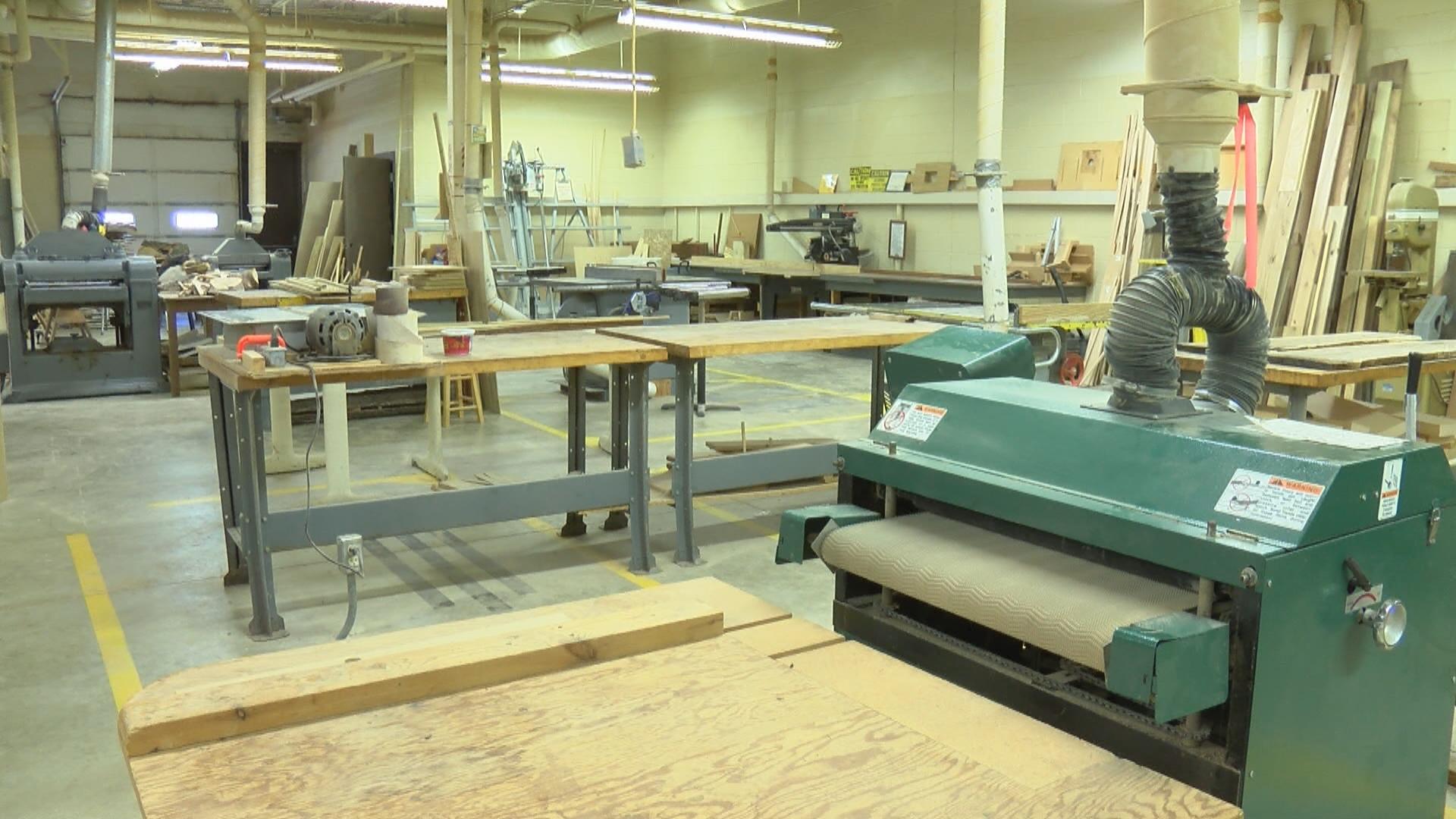 Woodworking Class To Teach Students New Skill Wcia Com